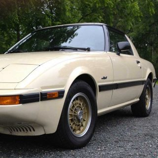Keep the Rotary of Life Spinning with This Mazda RX-7
