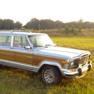 Fresh Hardware Makes This Jeep Wagoneer Even Grander