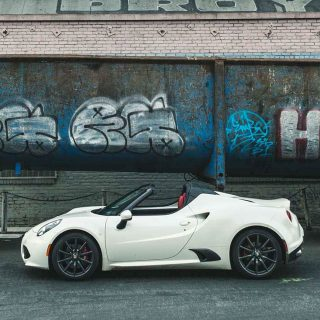 Does The Alfa Romeo 4C Spider Instill Hope in the Driver?