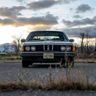A 1981 BMW 733i With Studded Tires Might Be The Perfect Winter Car