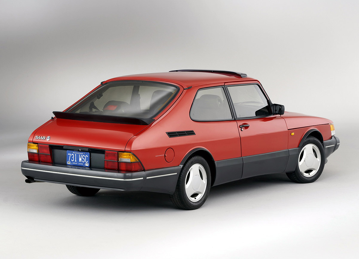 Saab 900 Turbo Offered High Performance With A Side Of