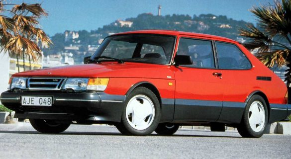 saab 900 turbo offered high performance with a side of weird petrolicious. Black Bedroom Furniture Sets. Home Design Ideas