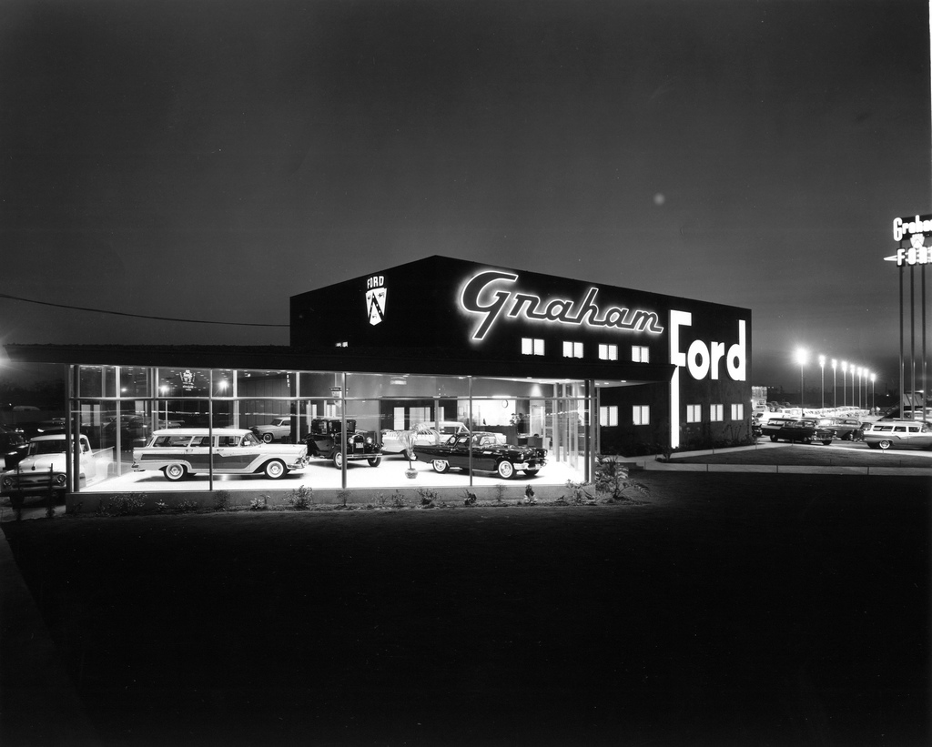 Vintage Dealership Photos Inspire Test Drive Daydreams