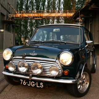 This Mini is a Dutch Treat