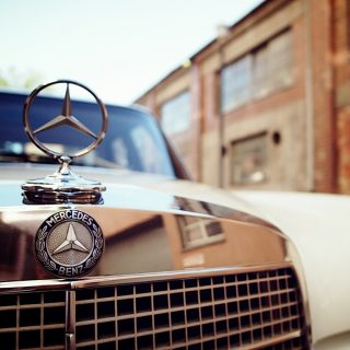 Mercedes-Benz 280SE Reflects Appreciation for German Engineering