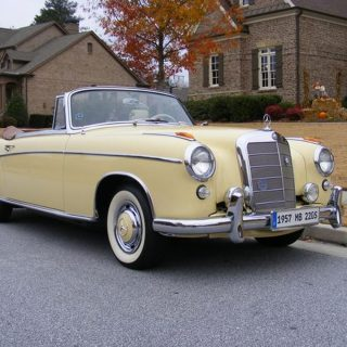 This Classic Benz is Road- and Prize-Worthy