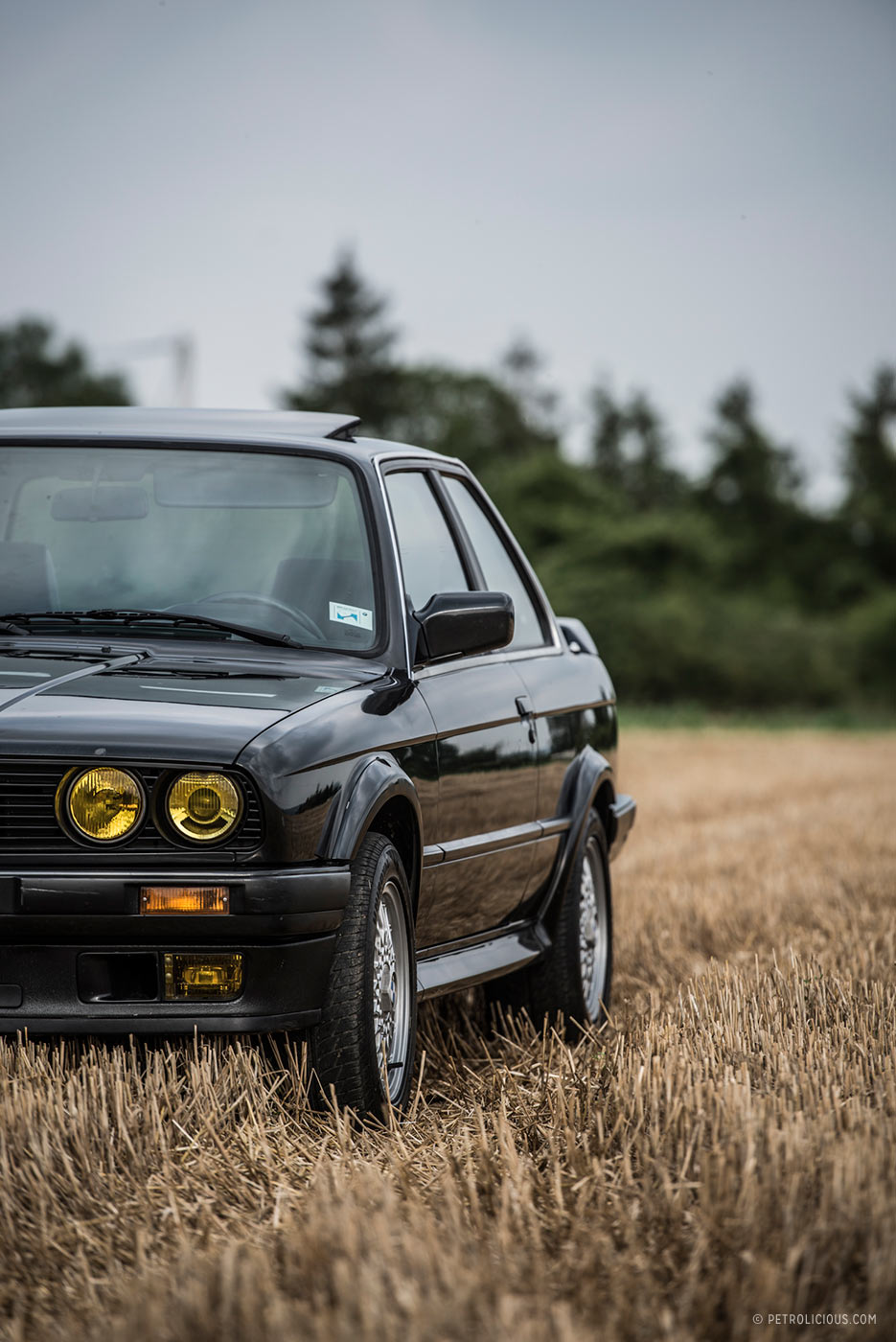 the bmw 325ix is the coolest e30 of them all petrolicious. Black Bedroom Furniture Sets. Home Design Ideas