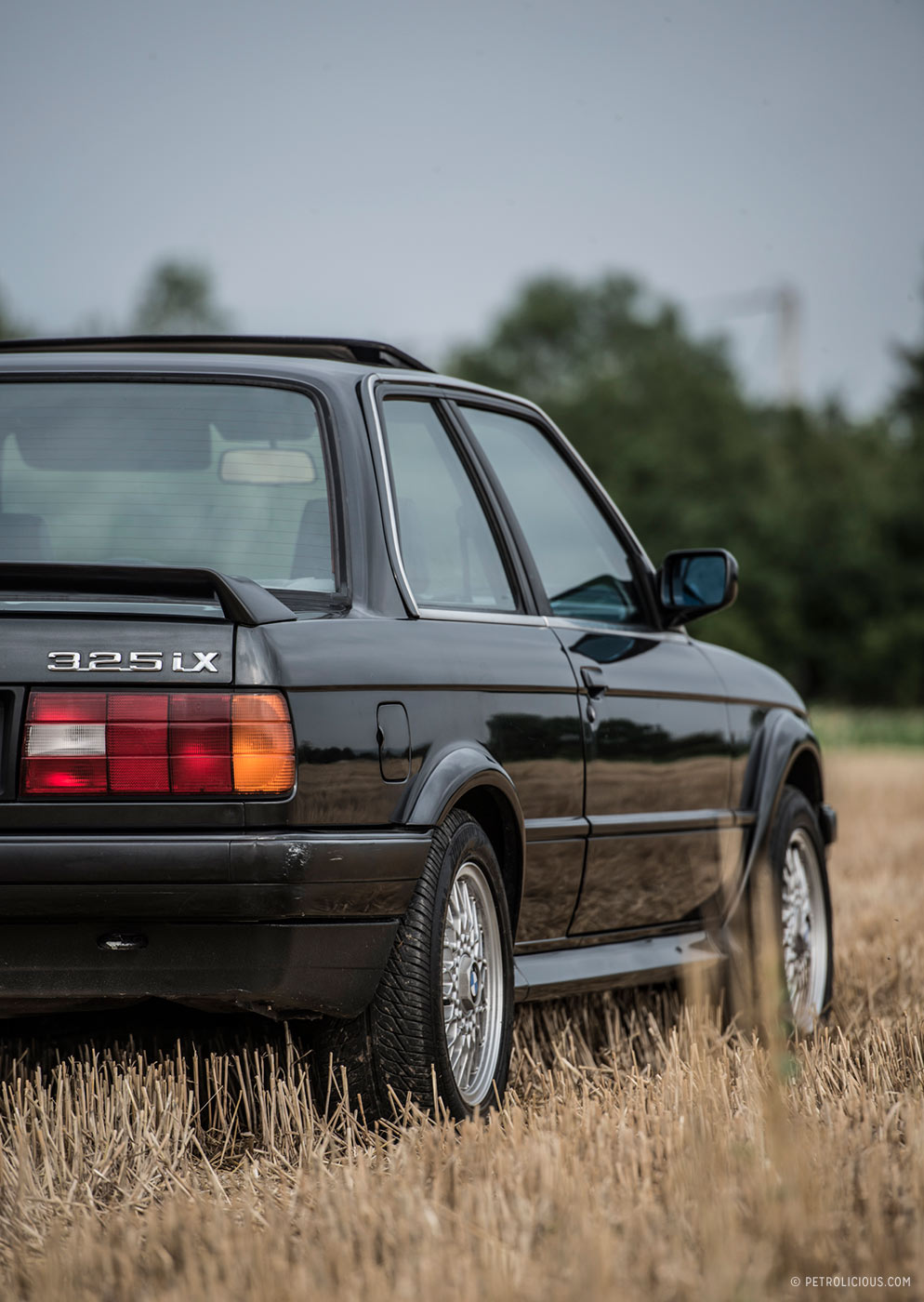 Anyway the e30 325ix was made from 1986 to 1991 and sold in the us during the 1988 1990 and 1991 model years european e30 fanatics are even luckier than