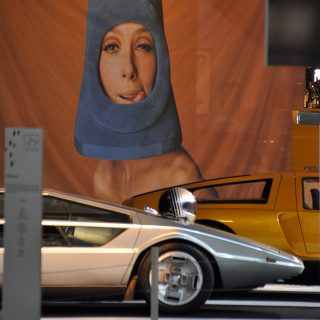 The Paris Motor Show's Tribute to Cars and Fashion of Yesterday