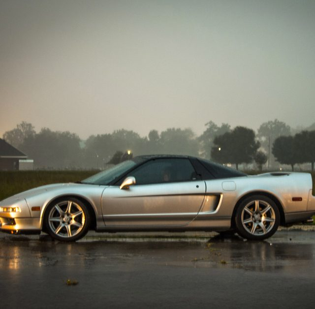 Learning To Drive Stick In An Acura NSX, 1000mi To Go (2