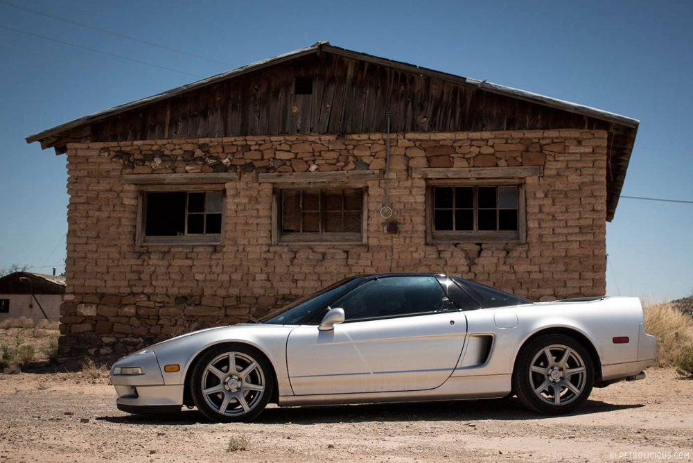 What are some tips for buying an Acura NSX?