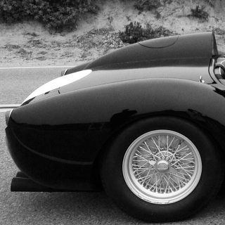 "Hunt for a Ferrari 250 ""Testa Rossa"" in the Novel Found"