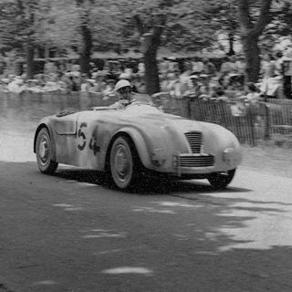 6 Forgotten Sports Cars That Led to the Shelby Cobra