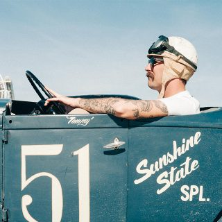 The Race Of Gentlemen: Vintage Hot Rod Beach Storming At Its Finest