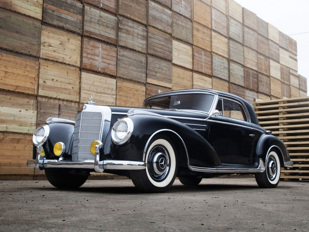 This Mercedes-Benz 300 Sc Is Old School Luxury For Autobahn Speeds ...