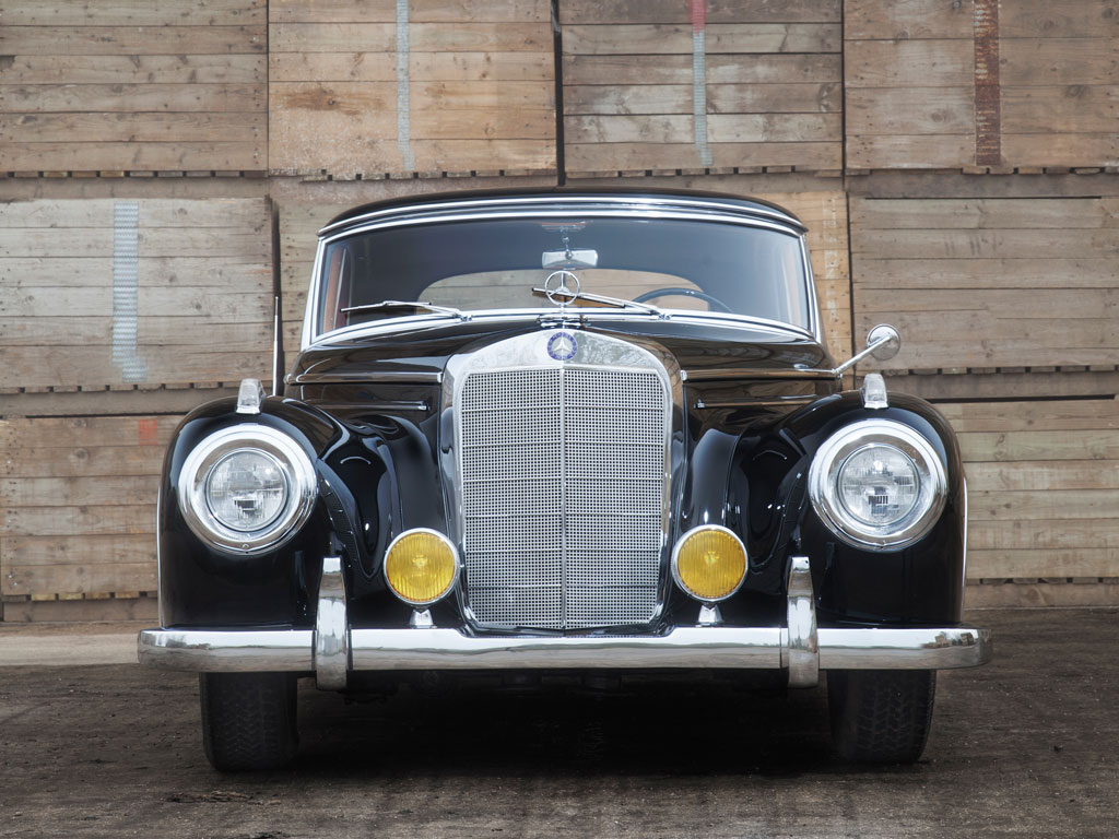 This Mercedes-Benz 300 Sc Is Old School Luxury For ...