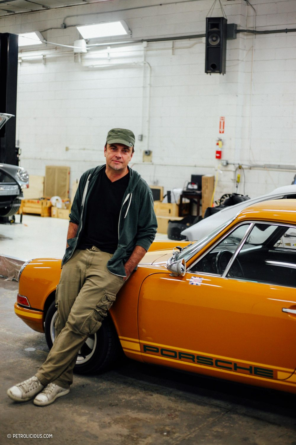 Design's Dickinson Vehicle Building Empire Singer Restomod Rob On A If6m7gyvYb