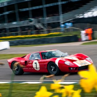 Here's What It's Like To Race A Ford GT40 On The Limit