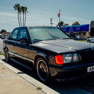 Street Find: This Mercedes 190E Needs A Bath