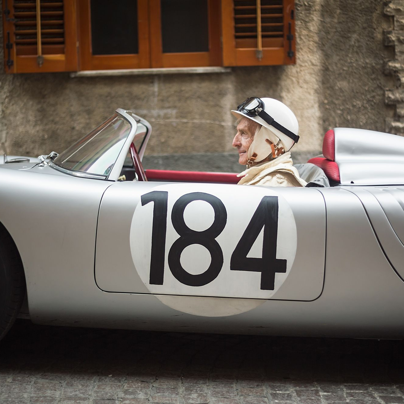 Derek Bell On What It Was Like To Drive The Porsche 718 Around The Targa Florio