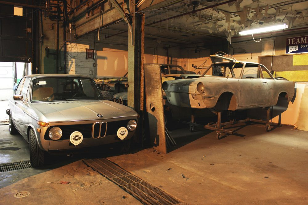 This Is A Sports Car Garage That Tackles Everything With Passion ...