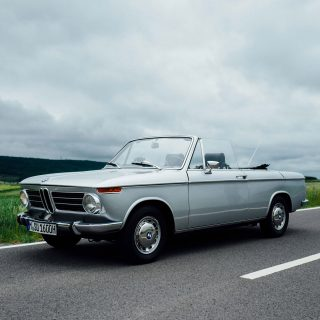 This Is What It's Like To Drive The BMW 1600 Cabriolet