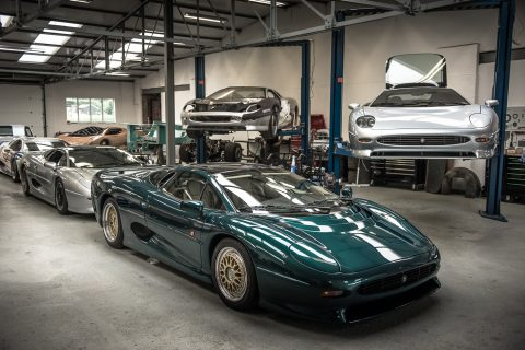 Don Law Racing Is Where The Jaguar XJ220 Legend Lives On ...
