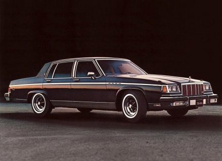 These Are The Best Classic Cars For Students X on 1980 Buick Lesabre