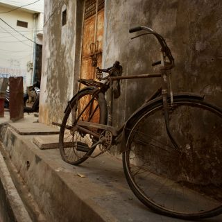 This Photographer Is Documenting India's Eerily Decaying Motorcycles