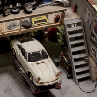 Reflecting on Collecting At The L.A. Porsche Literature And Toy Show