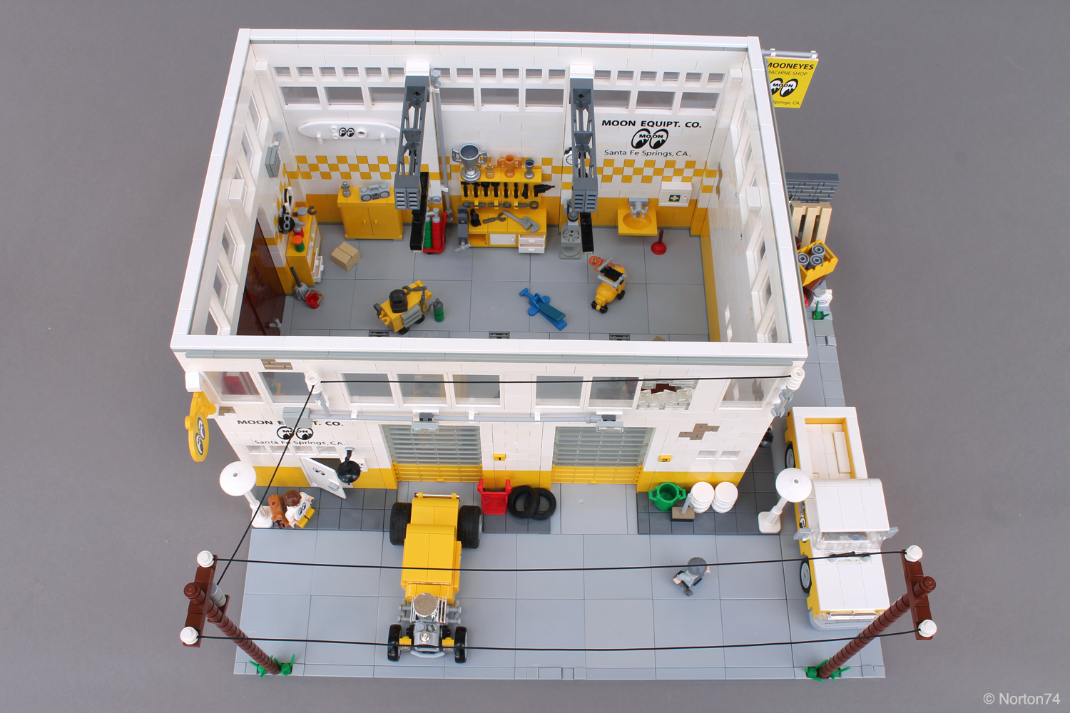 This Lego Mooneyes Garage Has All The Right Pieces