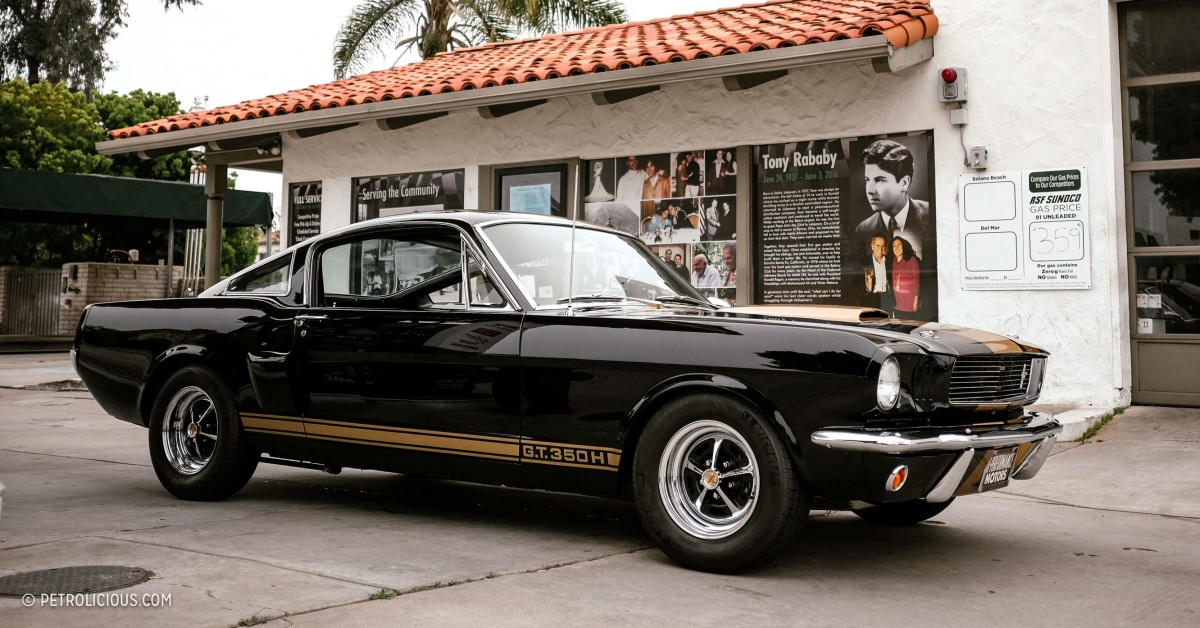 i rented a shelby gt350 hertz for a saturday drive in san diego petrolicious. Black Bedroom Furniture Sets. Home Design Ideas