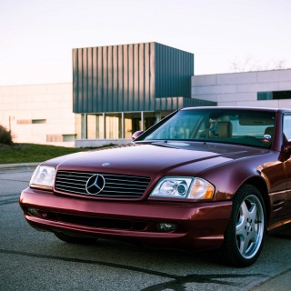 Proving Just How Modern Classics Can Be In A 2002 Mercedes-Benz SL500