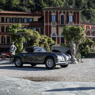 Villa d'Este Style Celebrates The Alfa Romeo Bearing Its Name