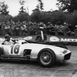 This 1954 Mercedes Formula 1 Documentary Is Full Of W196Rs And Vintage Racing Stars