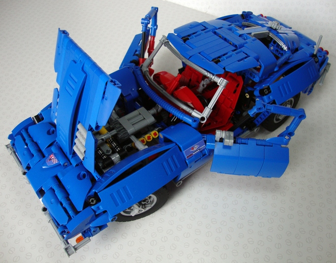 Enthusiast-Built LEGO Corvettes Are Much More Than Simple