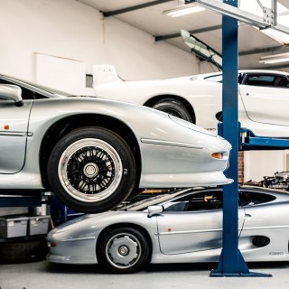 Form And Function: Revisiting The Design Of Jaguar's XJ220 Supercar