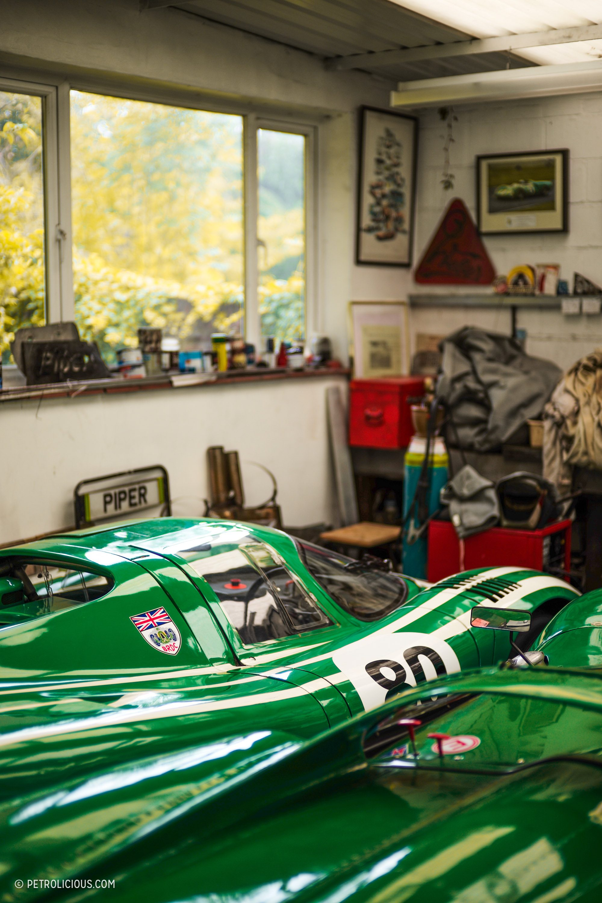 david piper s legendary green racecars are invading france. Black Bedroom Furniture Sets. Home Design Ideas