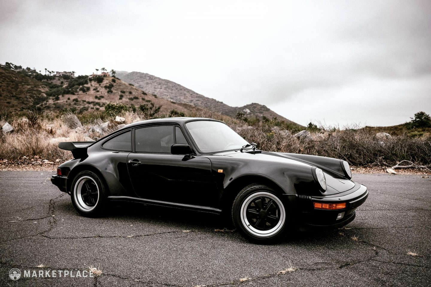 1985 Porsche 930 Turbo Petrolicious