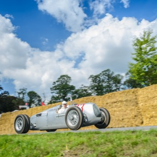 Classic Days At Schloss Dyck Revives Racing Legends And Show Cars Alike