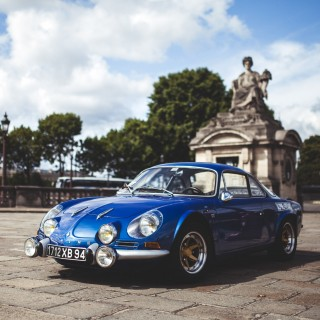 Criss-Crossing Paris With Hundreds Of Vintage Cars Is A Fine Way To Spend A Sunday