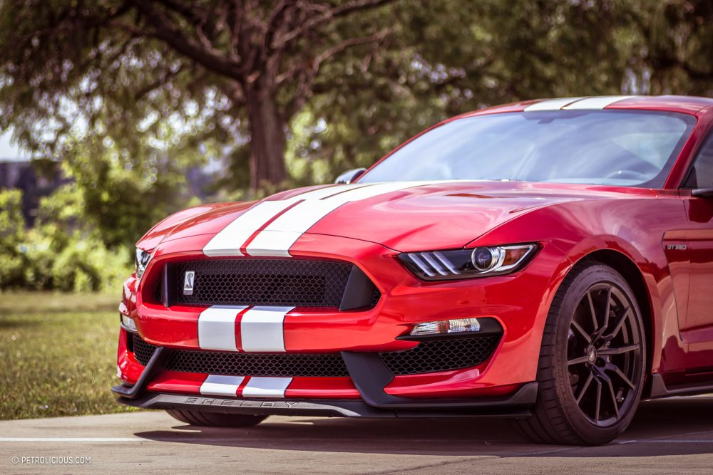 2017 Shelby Gt500 >> The 2017 Shelby Gt350 Lives Up To Its Sentimental Namesake