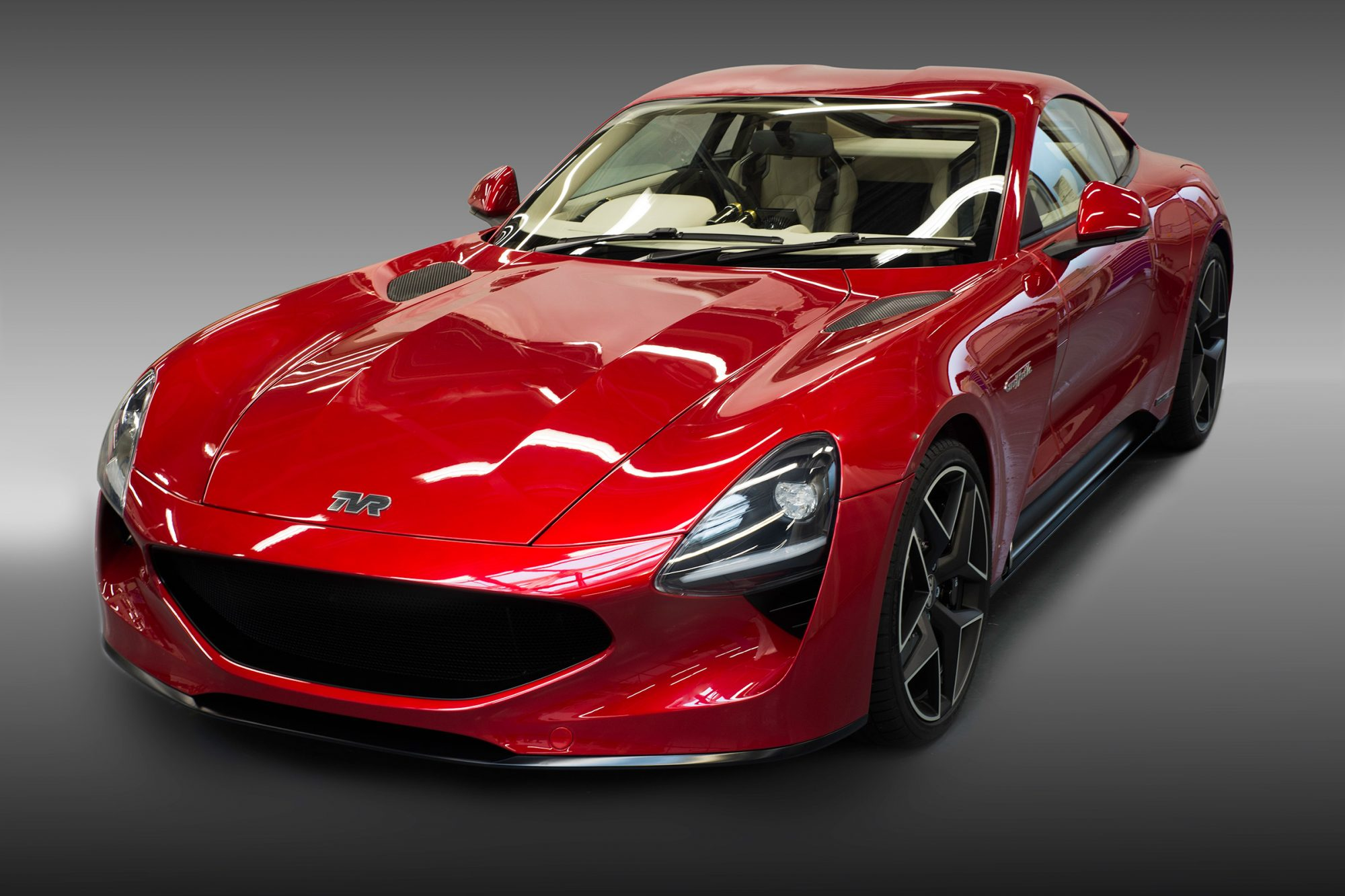 the new v8 powered griffith heralds the triumphant return of tvr petrolicious. Black Bedroom Furniture Sets. Home Design Ideas