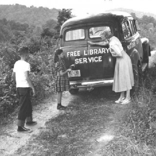 VINTAGE FRIDAY: Looking Back At Bookmobiles