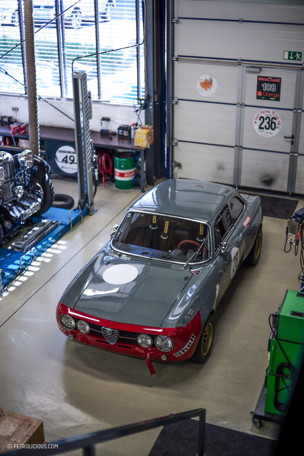 2283b8b280 A Five-Man Team In Hamburg Is Building Some Of The World s Best Alfa ...