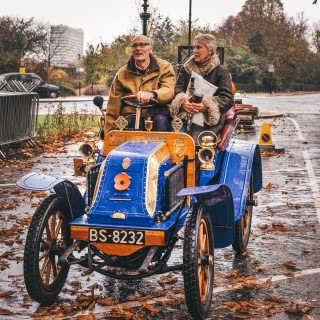 What It's Like To Drive Hundred-Year-Old Cars From London To The Beaches Of Brighton