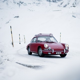 There's Never A Bad Season For A Swiss Road Trip In A Porsche 912