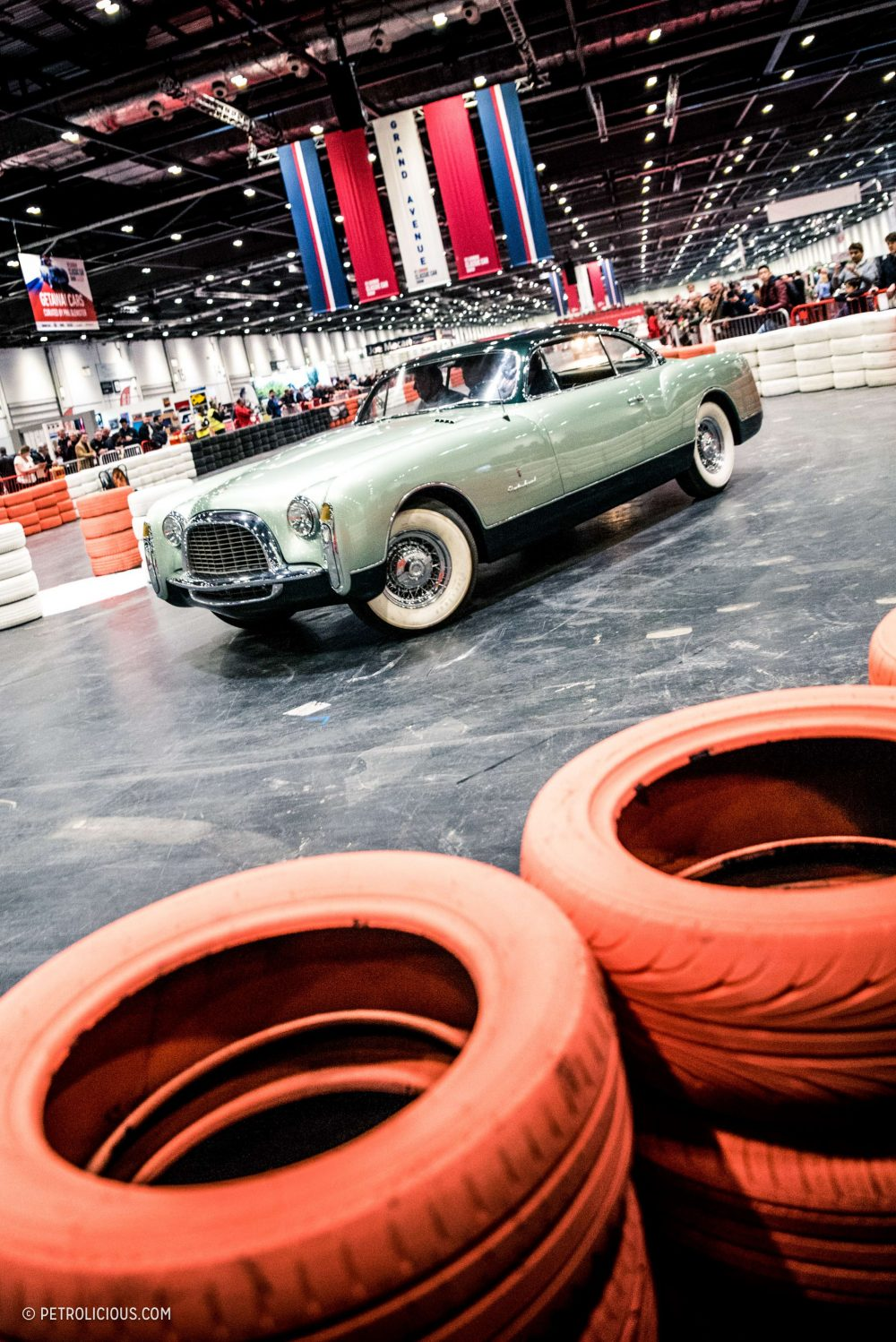 EVENTS Previewing The Weekend Ahead At The London Classic Car Show - Car show wheel display stands