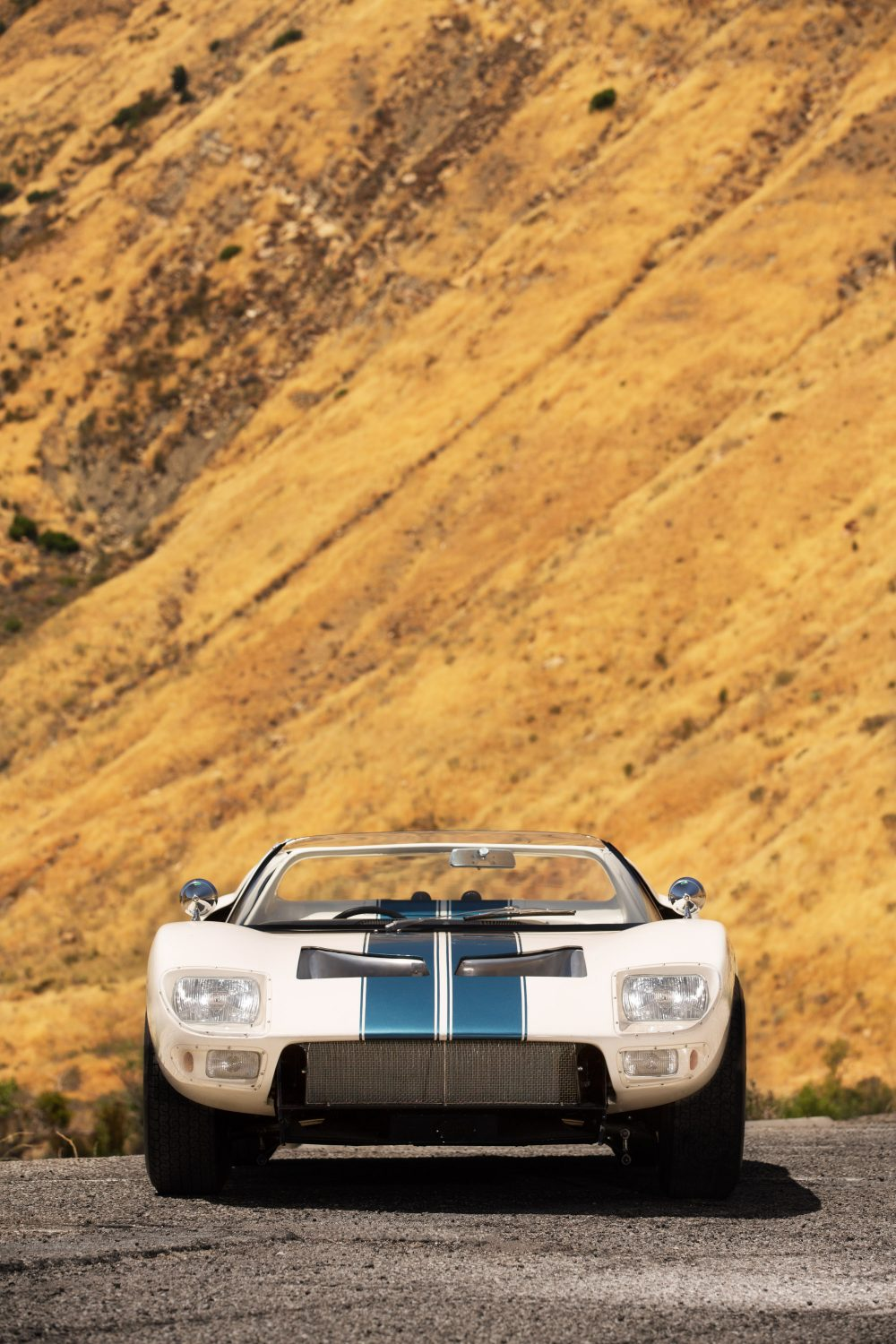 The First Ford GT40 Roadster Prototype Is A Different Take