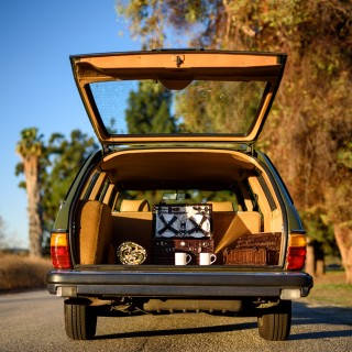 Meet A One-Family 1980 Mercedes-Benz 300TD That Resists Hipster Labeling